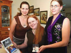 Ida Pennington's granddaughters